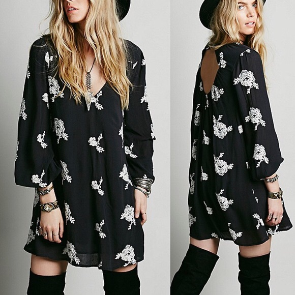 Free People Dresses & Skirts - Free People Embroidered Dress